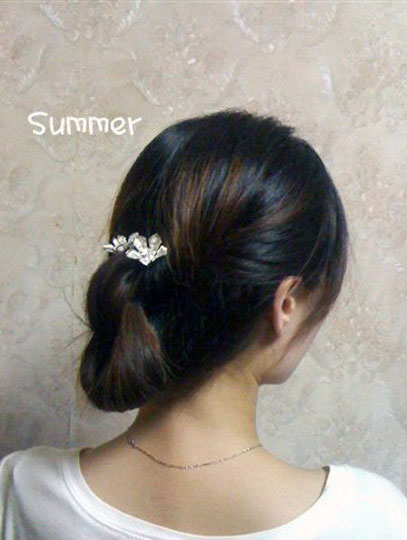 气质优雅的韩式盘发的方法