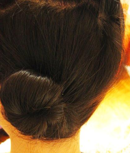 长发瞬间变短发的小苞头