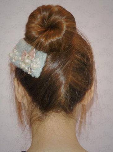 DIY对折花苞头的盘法