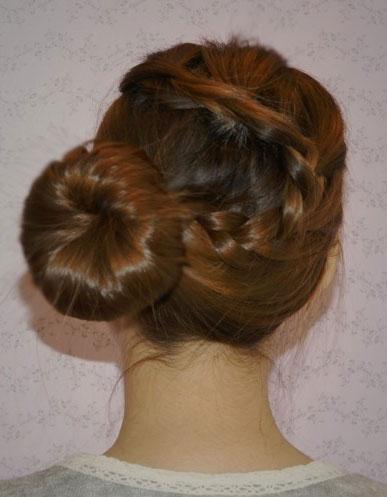 扎头发简单好看的步骤 扎头发简单又好看步骤 给小孩扎头发简单好看