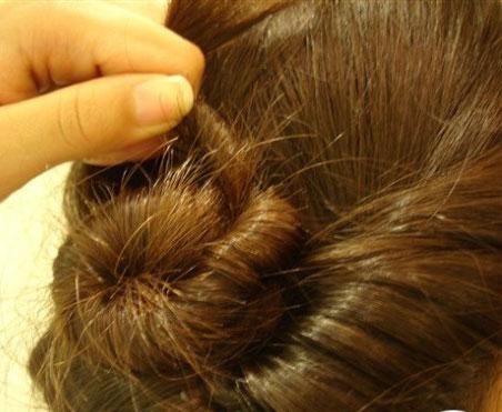 韩式盘发 韩式盘发的方法(二)