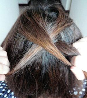 女生盘发的方法