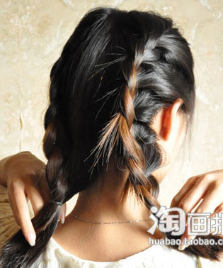 盘发的方法图解(三)