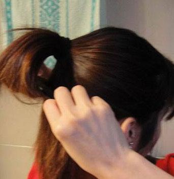 韩式盘头发的方法(二)
