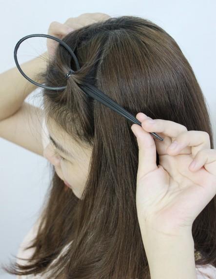 盘发的方法图解(二)