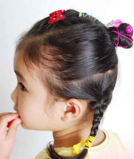 儿童盘发的方法图解(二)